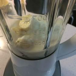 【レシピ】ミキサー買ったのでバナナと豆乳とヨーグルトのスムージー作ってみた