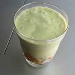 【レシピ】アボカドとバナナと豆乳のスムージーを作ってみた