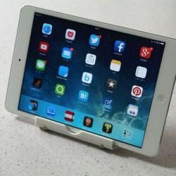 角度調整もできる!iPad miniやiPad Airで使えるオススメのスタンド