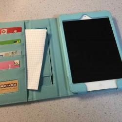 ストラップ・カード入れ・ポケット・スタンド・スリープ機能付きのiPad miniケースを買ってみた!