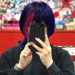 【派手髪】名古屋のCandy Velvetで紫とピンクに染めてもらった【是国】