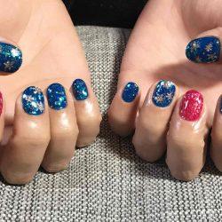 【メンズネイル】新宿区大久保のネイルサロンで青とピンクのネイルにしてもらった!